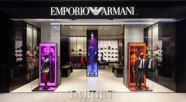 知名DJ化身男模 代言Emporio Armani 2015年新品